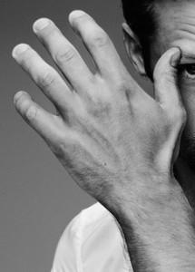 Alexander Skarsgard Hand